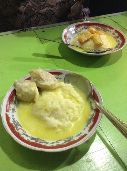 Pos Ketan Legenda- Durian